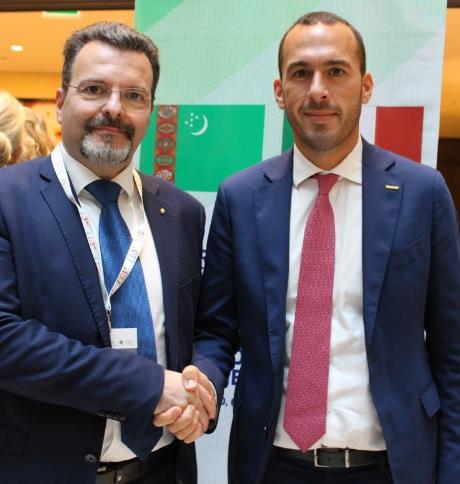 Foto 6 - Dr. Caputo e Sottosegretario di Stato per gli Affari Esteri Manlio Di Stefano
