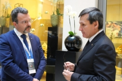 Foto 2 - Confronto tra il Dr. Caputo ed il  Ministro degli Affari Esteri del Turkmenistan Rashid MEREDOV